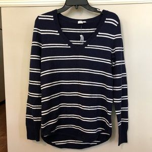 🔴 5 for $25 🔴 NWT GAP loose fit striped sweater